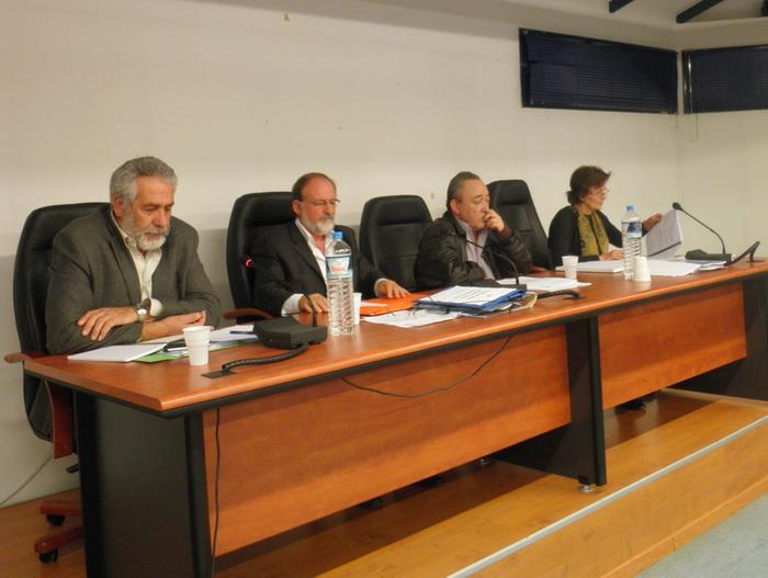 Εντάσεις στο δημοτικό συμβούλιο Αλμυρού για το Πολυτεχνείο