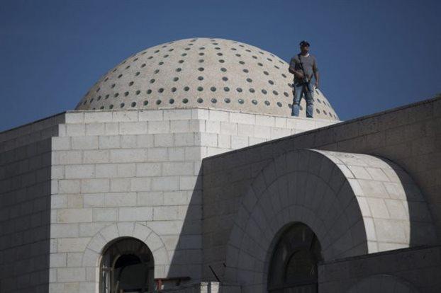 Ιερουσαλήμ: Διεθνής κατακραυγή για την επίθεση στη συναγωγή