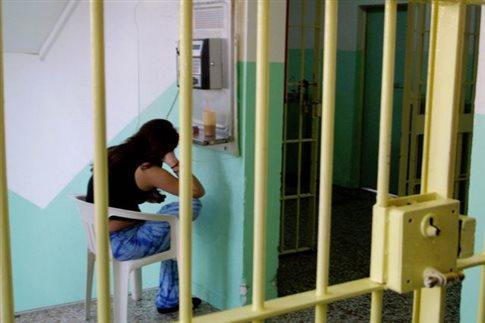 Δυνατή η ερωτική συνεύρεση κρατουμένων με τους συντρόφους τους