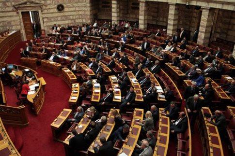 Έντονη κόντρα στη Βουλή για τρόικα και συναίνεση μεταξύ ΝΔ-ΠΑΣΟΚ και ΣΥΡΙΖΑ