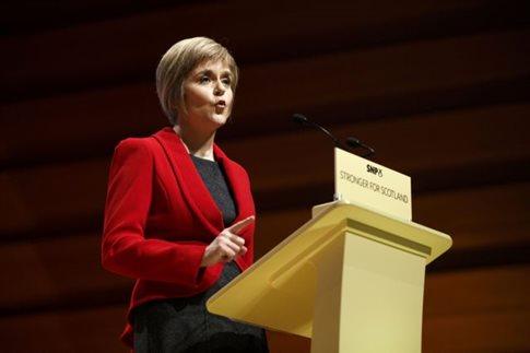 Γυναίκα διαδέχεται τον Άλεξ Σάλμοντ στην ηγεσία της Σκωτίας