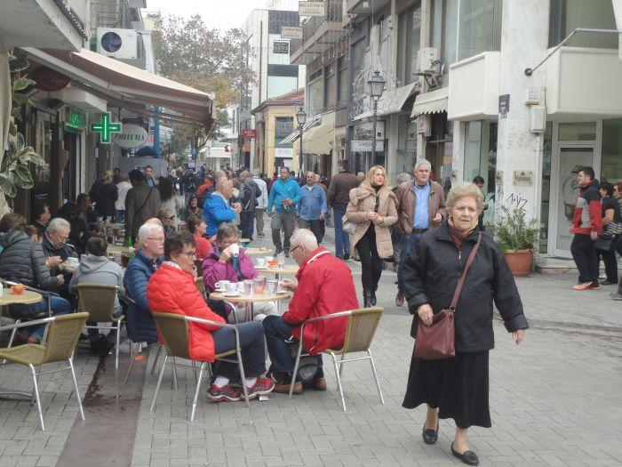 Τουρίστες ενισχύουν την τοπική αγορά