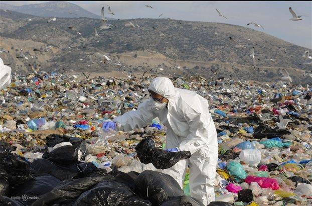 Ρένα Δούρου: Ωμή πολιτική παρέμβαση το σχέδιο διαχείρισης αποβλήτων