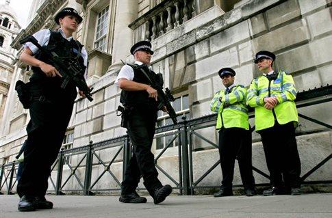 Νομοσχέδιο-σκούπα για την αντιμετώπιση της τρομοκρατίας στη Βρετανία