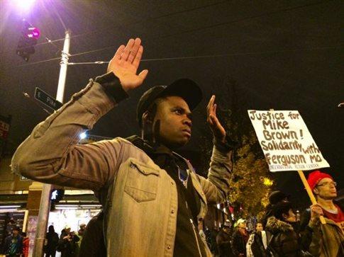 Ύπατος αρμοστής ΟΗΕ: Δυσανάλογοι οι θάνατοι αφροαμερικανών στις ΗΠΑ