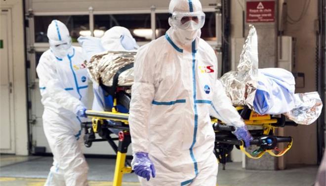 Εξιτήριο πήρε ο κουβανός γιατρός που είχε μολυνθεί από Εμπολα