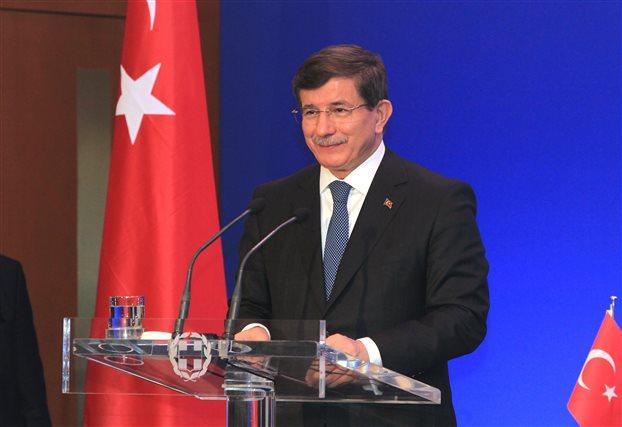 Νταβούτογλου: Η Τουρκία δε θα δεχθεί συμφωνία Ελλάδας-Αιγύπτου για ΑΟΖ