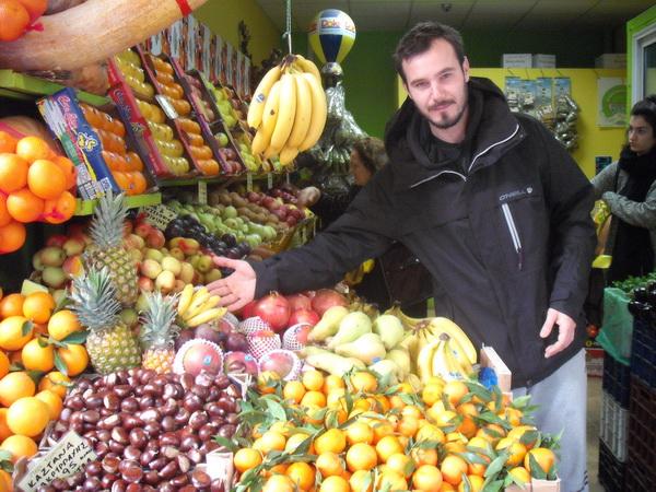 Εισαγόμενα φρούτα και λαχανικά στο τραπέζι των Βολιωτών