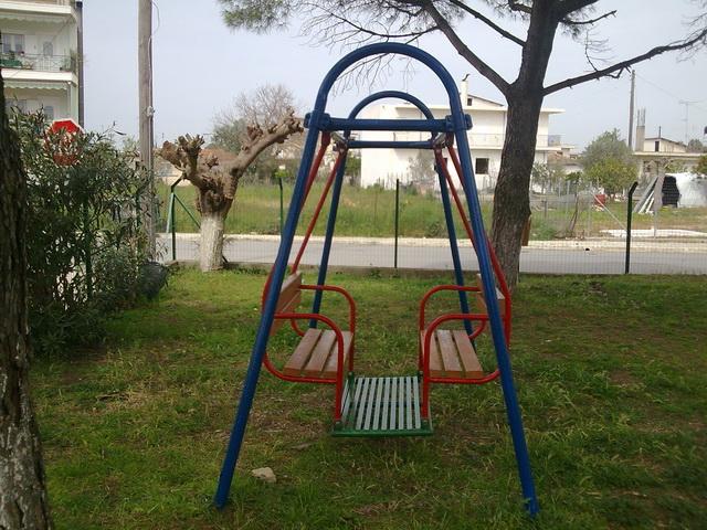 Απομένουν 20 παιδικές χαρές στο Δήμο Βόλου ~ Μια σε κάθε συνοικία