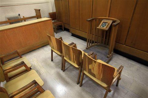 Συνεχίζουν την αποχή διαρκείας οι δικηγόροι