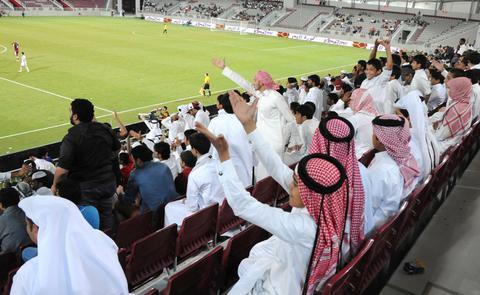 Κομπάρσοι οπαδοί ποδοσφαίρου έναντι 8 δολαρίων στο Κατάρ