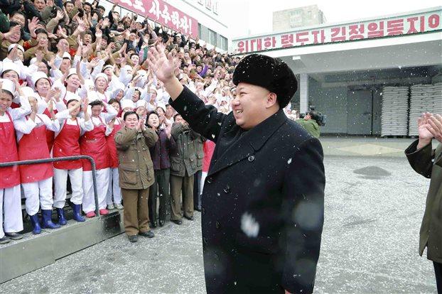 Πρόσκληση Πούτιν στον Κιμ Γιονγκ-Ουν να επισκεφθεί τη Μόσχα