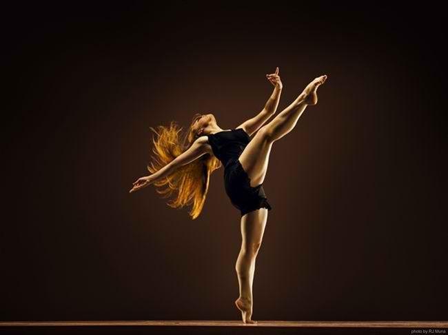 Το Independance Studio φοράει τα καλά του και χορεύει