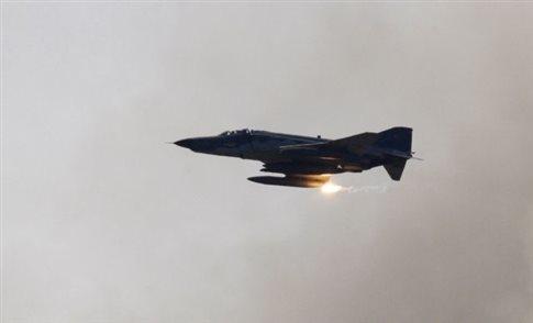 Συντριβή μαχητικού στη Ράκα, «το κατέρριψε η ISIS» αιχμαλωτίζοντας τον πιλότο