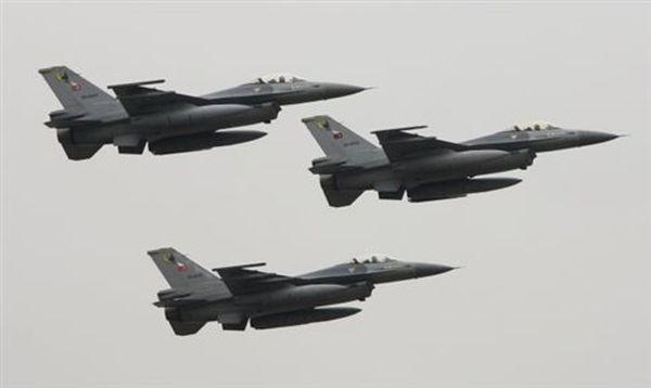 Νέα πτήση τουρκικών F-16 πάνω από Φούρνους και Αγαθονήσι
