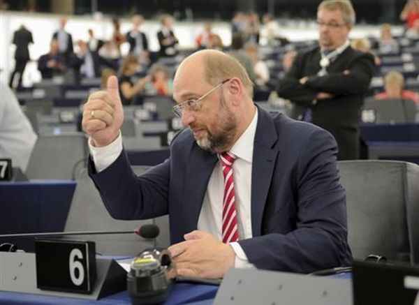 Σουλτς: Να μη μολυνθούμε ποτέ από το μίσος των τρομοκρατών