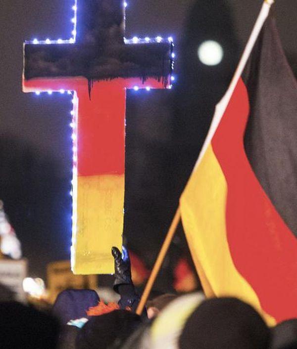 To Aντιισλαμικό κίνημα Pegida εμφανίστηκε και στην Ελβετία