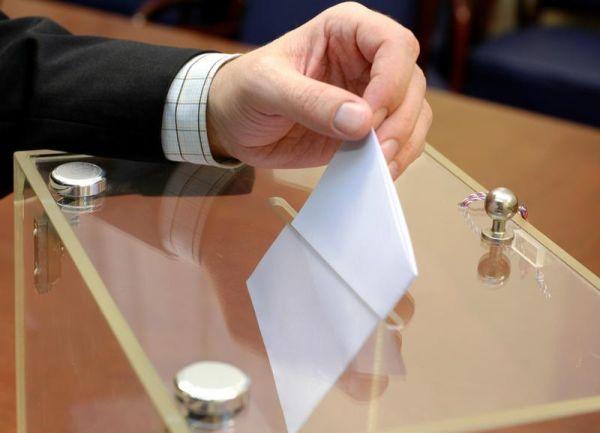 Στην τελική ευθεία των εκλογών