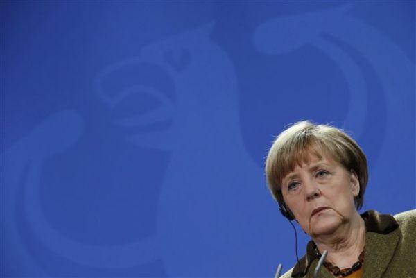 Μέρκελ: Δεν πρέπει να στείλει λάθος μηνύματα η ΕΚΤ