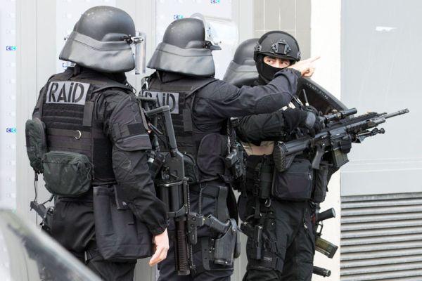Σε συναγερμό η Ευρώπη για Αλ Κάιντα και «μοναχικούς λύκους»