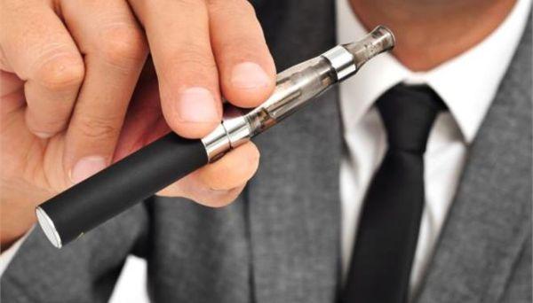 Το ηλεκτρονικό τσιγάρο ενδέχεται να είναι πολύ πιο καρκινογόνο από το συμβατικό