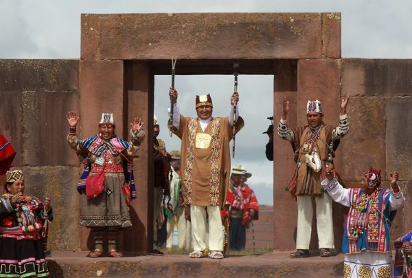 Βολιβία: Αυτοκράτορας των Ινκα ντύθηκε ο Μοράλες