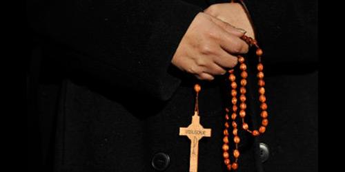 Ιερέας προς τους πιστούς: «Εάν βρεθεί στην εξουσία ο ΣΥΡΙΖΑ θα κλείσει τις εκκλησίες»