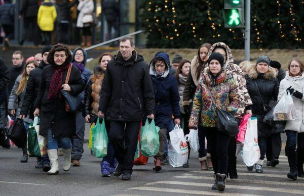 Ρώσος βουλευτής: Τρώτε λιγότερο, μην αγοράζετε φίνα γαλλικά εσώρουχα