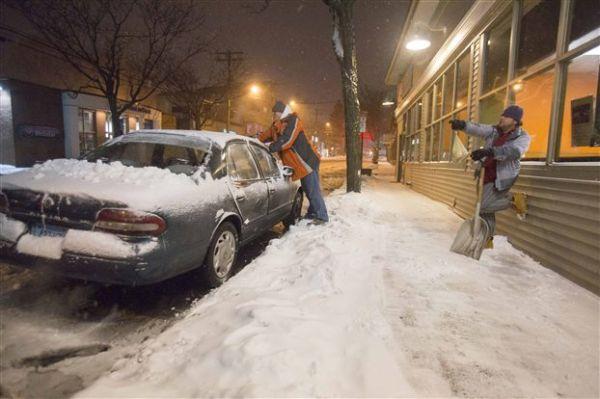 Παραλύουν βορειοανατολικές ΗΠΑ και Νέα Υόρκη από το χιόνι