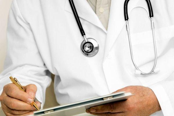 Αγροτικοί γιατροί στη Γλώσσα