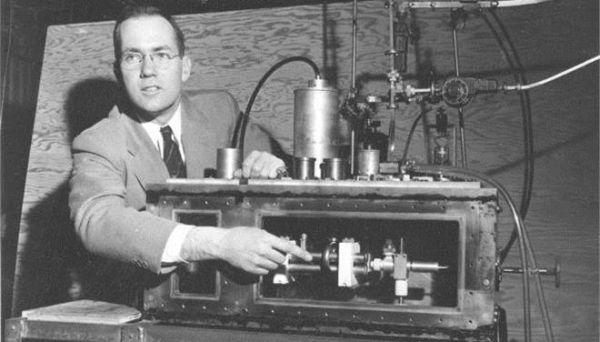 Πέθανε στα 99 του ο Τσαρλς Τάουνς, ο νομπελίστας εφευρέτης του λέιζερ