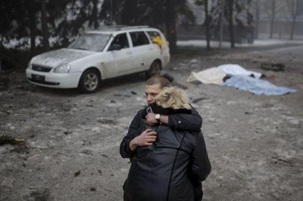 Ανάφλεξη στην Ουκρανία: Νεκροί άμαχοι, «πάγος» στις ειρηνευτικές συνομιλίες