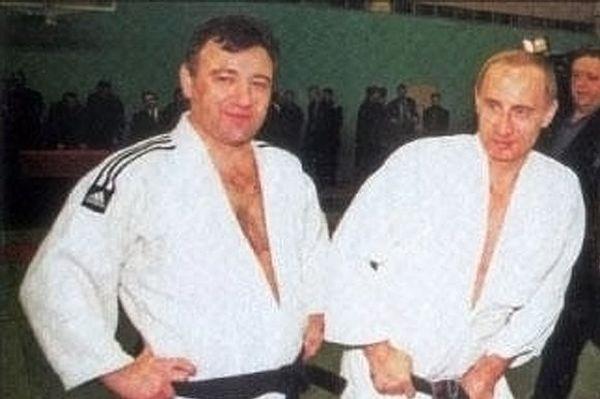 Σε «κολλητό» του Πούτιν η ανάθεση κατασκευαστικού έργου - μαμούθ