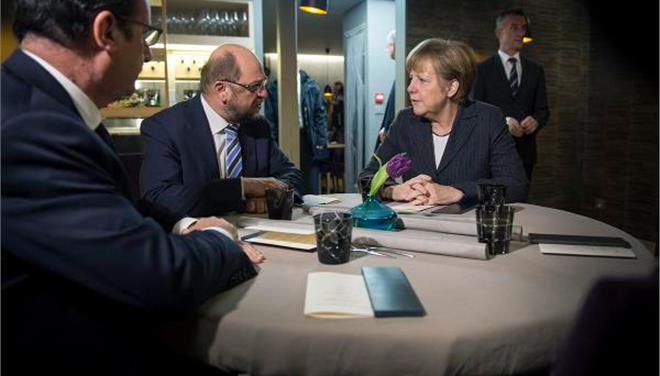 Δείπνο Μέρκελ, Ολάντ και Σουλτς στο Στρασβούργο με την Ελλάδα στο «μενού»
