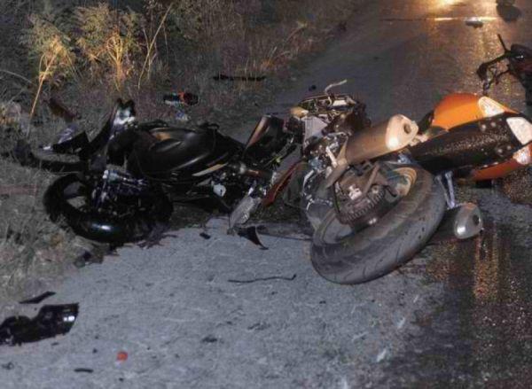 Τραυματίστηκε νεαρό ζευγάρι σε τροχαίο με μηχανάκι στη Λάρισα