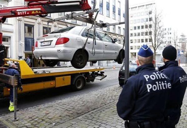 Συνελήφθη άνδρας με όπλα κοντά στο Ευρωκοινοβούλιο