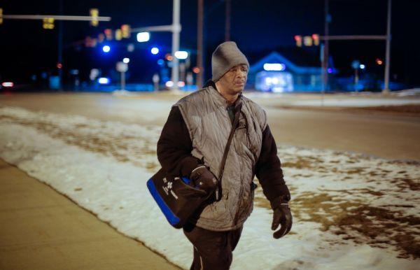 ΗΠΑ: Περπατά καθημερινά 33 χιλιόμετρα για να πάει στη δουλειά του
