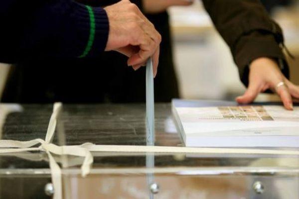 Αθρόα συμμετοχή στις εκλογές των εμποροϋπαλλήλων