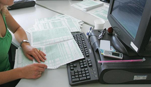 Παρέμβαση λογιστών - Zητούν απλούστευση φορολογικών θεμάτων