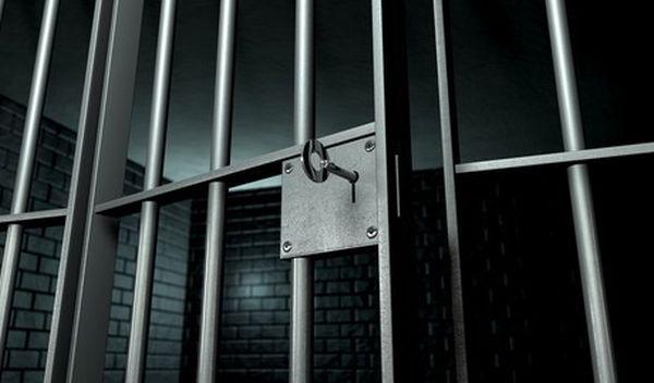 Προσπάθησαν να περάσουν κινητά σε φυλακή