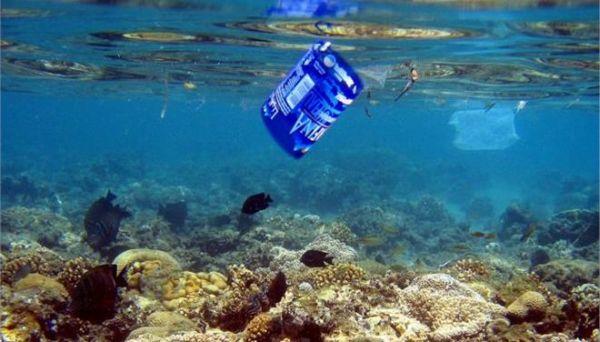 Οκτώ τόννοι πλαστικά απόβλητα κάθε χρόνο στους ωκεανούς