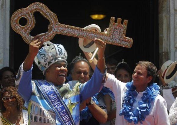 Ο «βασιλιάς» Μόμο κήρυξε την έναρξη του καρναβαλιού του Ρίο