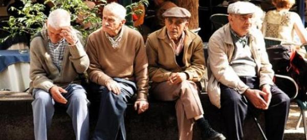 Καλλιστεία... ηλικιωμένων ανδρών στον Αγιόκαμπο
