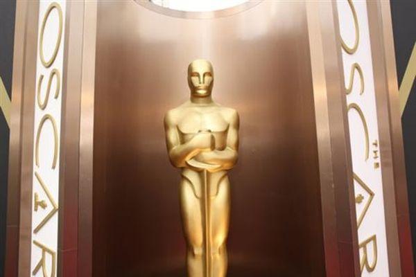 «Για τα Όσκαρ ψηφίζουν οι παραδουλεύτρες του Χόλιγουντ»