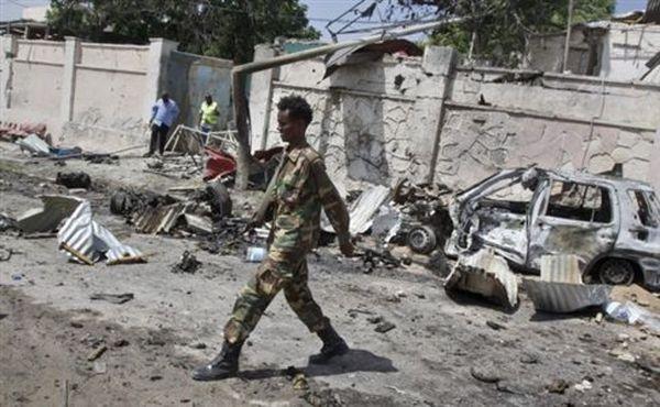 Καμικάζι σε ξενοδοχείο της Σομαλίας με στόχο κυβερνητικούς αξιωματούχους