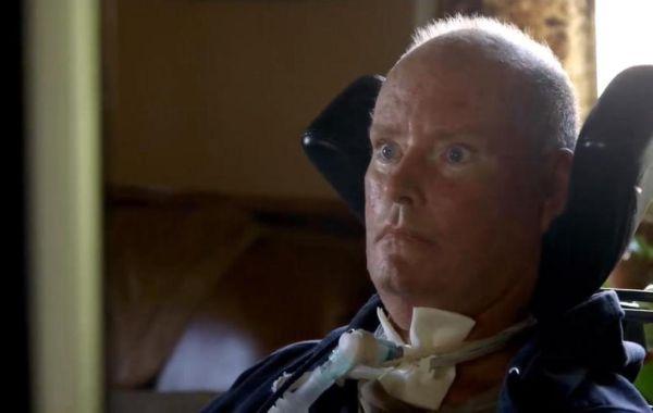Ασθενής με ALS είπε για πρώτη φορά «Σ'αγαπώ» στη γυναίκα του