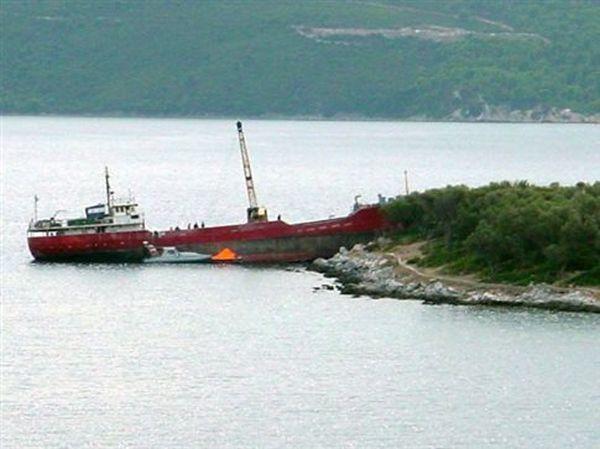 Φορτηγό πλοίο προσάραξε νότια της Πάτμου
