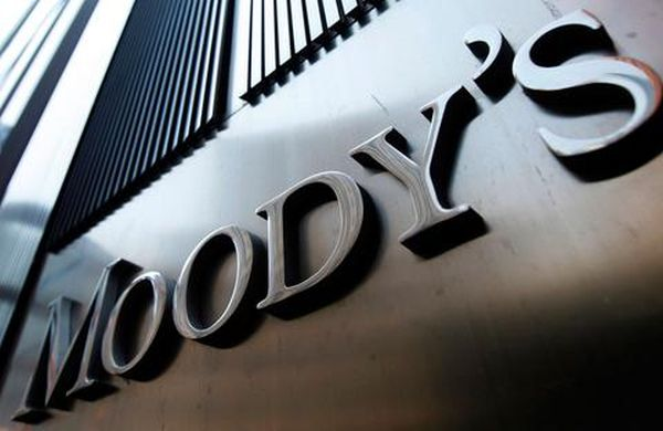 «Πολιτική υποβάθμιση» της Ρωσίας από τη Moody's