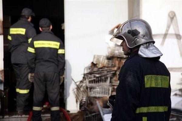 Νεκρός 54χρονος από πυρκαγιά σε διαμέρισμα στο Γέρακα