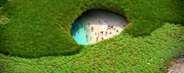 Η πιο ωραία παραλία στον κόσμο δημιουργήθηκε από βομβαρδισμό [εικόνες]